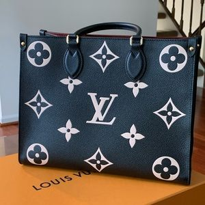 Louis Vuitton exclusive On The Go MM monogram tote
